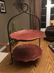 TWO TIER PLATE STAND