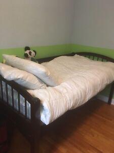 Bunk bed / Lit superposé