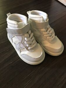 Toddler girls white H&M high top sneakers