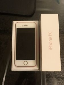 ROSE GOLD IPHONE SE 16GB AMAZING CONDITION