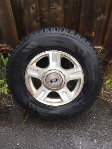 4 pneus d'hivercToyo 265 70 R17, état neuf