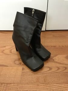 Aldo leather boots size 37