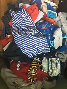 Big bin full of boy clothes(NEWBORN-24mths)