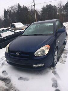 08 Hyundai Accent 2 door hatchback