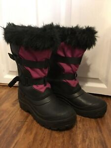Ladies size 8 winter boots