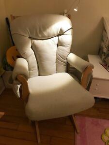 Chaise berçante et allaitement