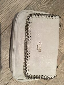 Previously loved Women's crossbody/Shoulder bags