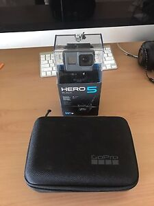 GoPro hero 5 black with carry case and sd card! Padbury Joondalup Area Preview