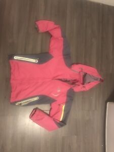 Woman's small 3-1 North Face winter jacket