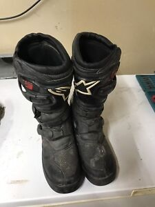 Youth size 7 riding boots
