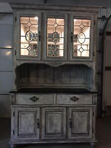 Vintage Hatch