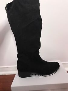 New Steve Madden suede boots