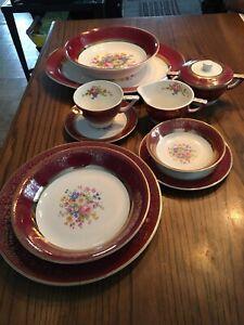 Vaisselle antique Or 23 carats Aristocrat 68 morceaux