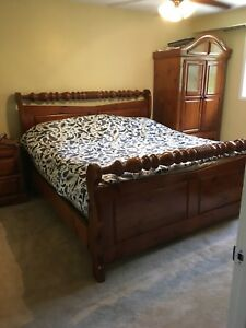 5 Piece All Solid Wood King Size Bedroom Set