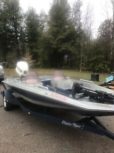 18 foot bass boat with a 140 hp