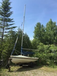 CL 16 Sailboat & Trailer