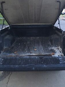 Truck Bed liner from 2000 Dodge dakota
