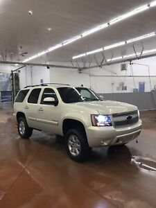 2007 fully loaded Chevy tahoe reduced!