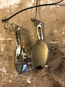 Motorcycle mirrors with signal lights