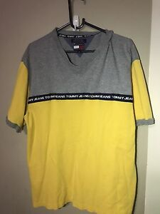 Vintage Tommy Hilfiger Tshirt Woodvale Joondalup Area Preview