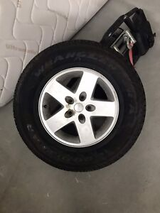 Jeep tire with rim