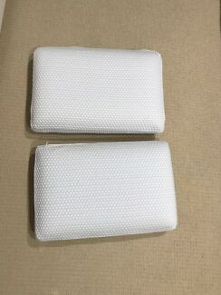 2x Memory Foam Pillow