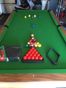 Pool table-slate Bristol 11 by Brunswick
