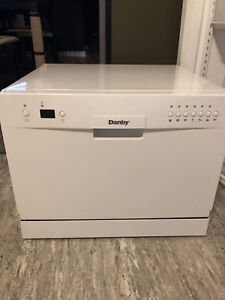 Countertop Dishwasher - Danby DDW611WLED