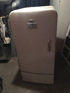 Old GM frigedaire.
