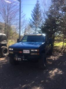 1988 chev K1500 350 5 speed *want gone make an offer*