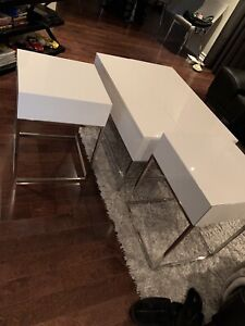 STRUCTUBE COFFEE AND SIDE TABLE white