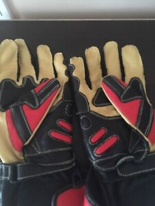 Never used motorcycle gloves