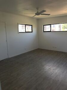 large flat 60m2, ceiling fans, down lights, huge bathroom, brand new Hamilton Newcastle Area Preview