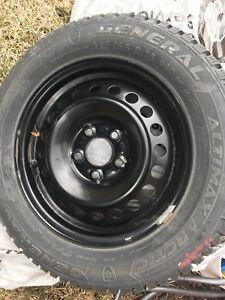 4 pneus d'hiver neuf 195/65/R15 Général artic