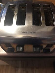Black and decker 4 slice toaster.