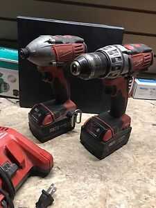 Milwaukee 18v drill/impact set with charger - New Big batteries