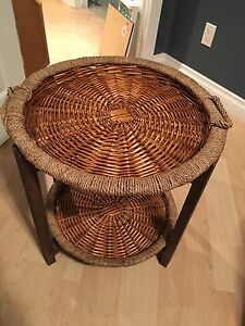 WICKER NIGHT STAND / END TABLE