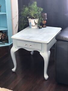 Gorgeous Refinished End Table