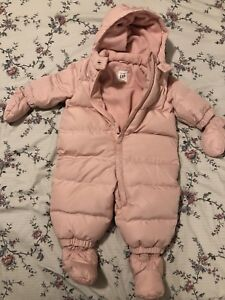 Baby Gap snowsuit 0-6months