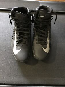 Nike Hyperdunk Mens Basketball Shoes (Size 11)
