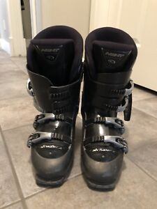 MENS SKI BOOTS IN GREAT CONDITION