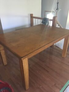 Solid Table With 6 Chairs NEWPRICE