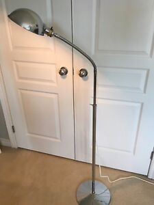 Vintage Chrome Gooseneck Floor Lamp
