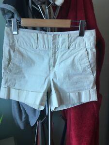 Club Monaco shorts size 00