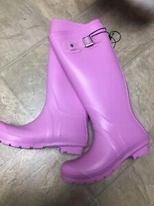 Size 7 Puddle Boots