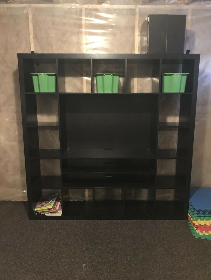 Wall unit in spruce grove | Bookcases & Shelving Units | Edmonton ...