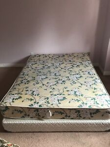 Queen size spring mattress with Box