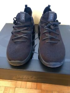 Skechers One  Air Dooled size 10