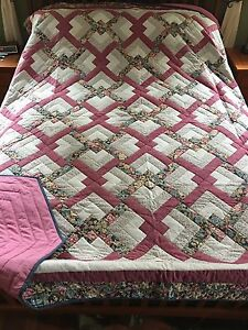 Lover knot quilt