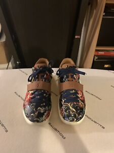 5a501bf97 Floral Shoes | Kijiji in Toronto (GTA). - Buy, Sell & Save with ...